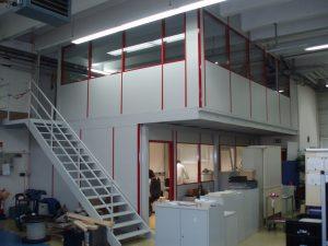 Fanair Lagerbühne mit Büro